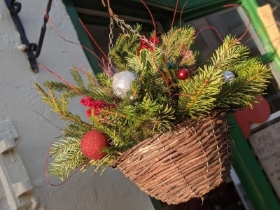 Hanging Spruce & Holly Wreath Duo